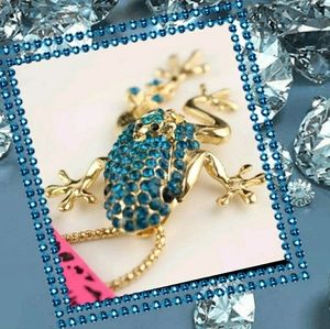 Betsey Johnson Frog & Baby Necklace